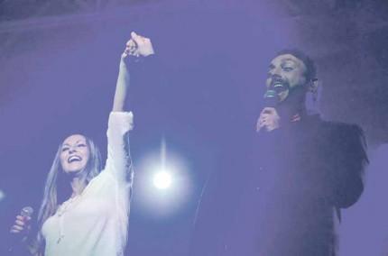 Melisa Pash and Johnny Reid